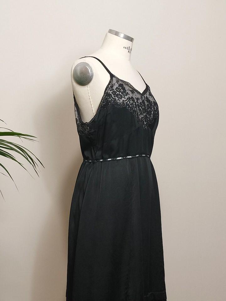 combinacion-antigua-seda-encaje-negro-01.jpg