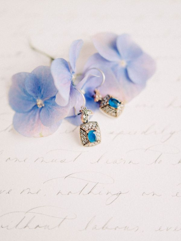 pendientes-isabelinos-azul