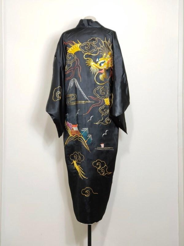 kimono-dragon-embroidery