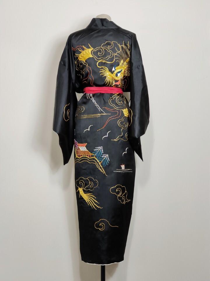 kimono-chino-satin-oro