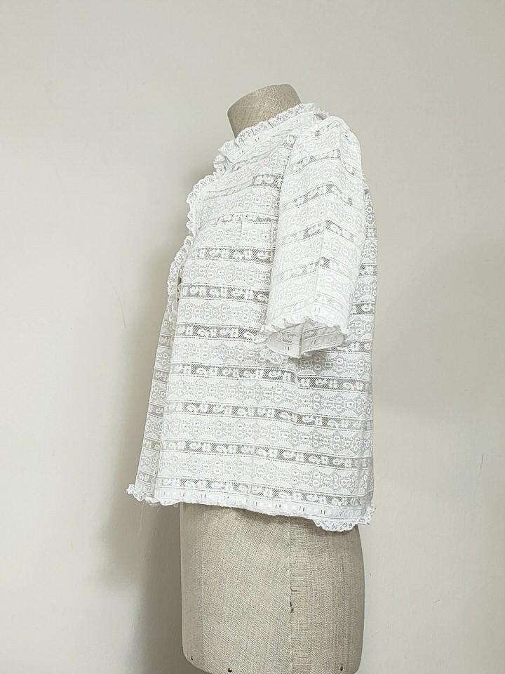 blusa-antigua-encaje