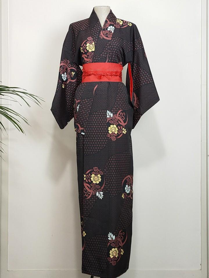 japanese-kimono-flowers