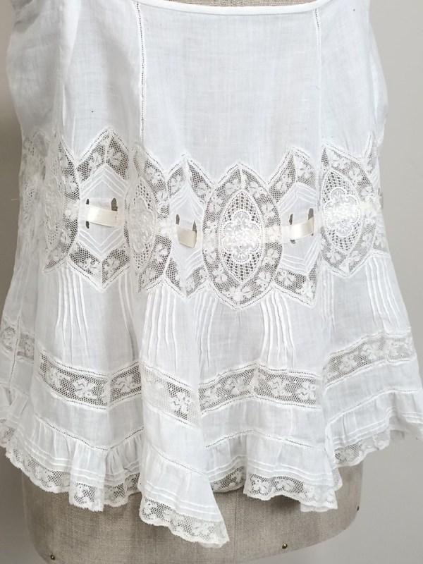white-top-antique-lace