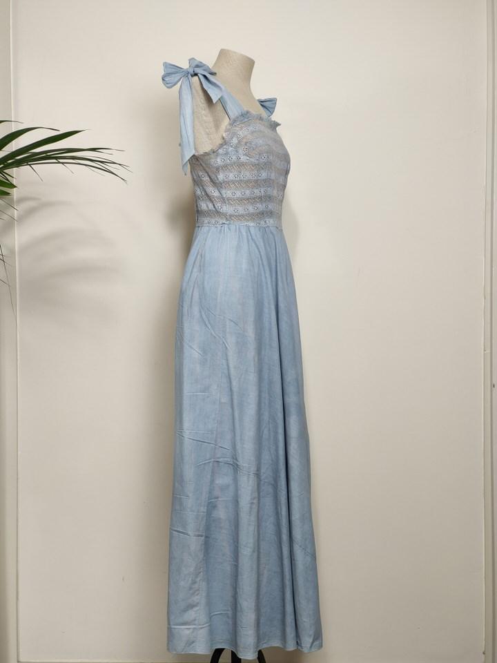 vestido-algodon-encaje-azul