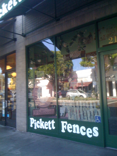 Pickett Fences in Larchmont Village LA