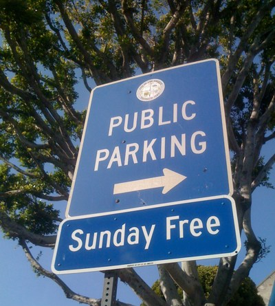 Public Parking Free on Sundays in Larchmont Village!