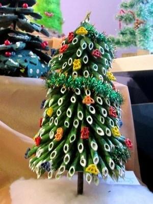 Макароннан ағаш: Жаңа жылға арналған түпнұсқа қолөнер 20 1