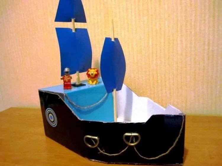 船舶为儿童:使用方案创建的各种方式和描述Korabl Svoimi Rukami 71
