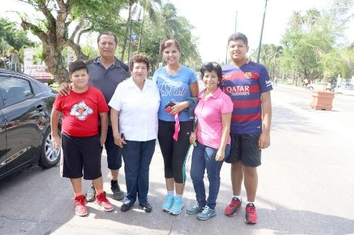 Convive alcaldesa con familias en segunda edición de Tampiqueando