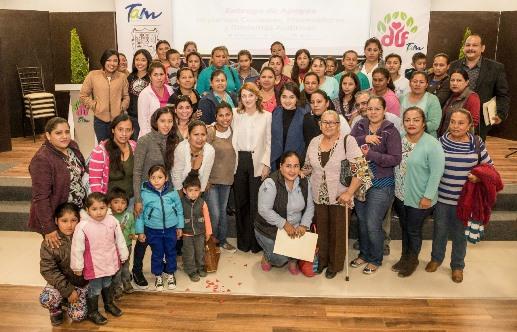 Apoya Mariana Gómez a grupos Productivos de comunidades rurales