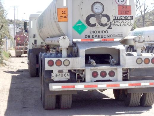 Impone Zorrilla cuota de 15 mil pesos a todo transporte de carga peligrosa