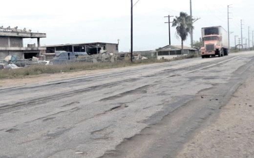 Exigen Transportistas a la SCT repare carreteras