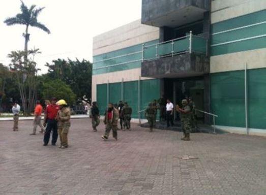 Recuperan artículos y muebles que tenían los funcionarios que le renunciaron a Zorrilla