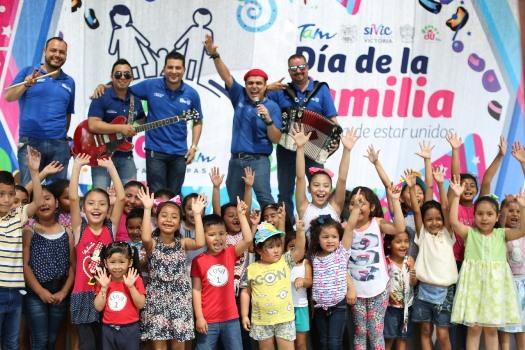 Miles de personas celebran el Día de la Familia en Tamaulipas
