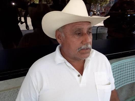 """Demandan 200 colonos a """"Xico"""""""