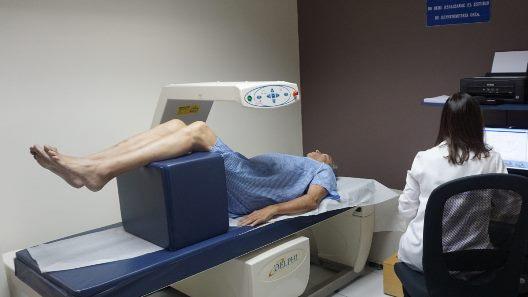 Apoya a mujeres contra la osteoporisis