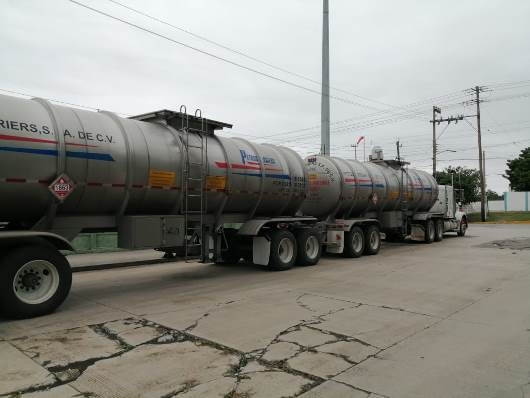 Daños por norte detiene salida de combustibles de refinería Madero