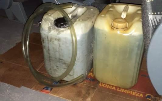 "Detectan ""ordeña"" de combustible a camiones recolectores"