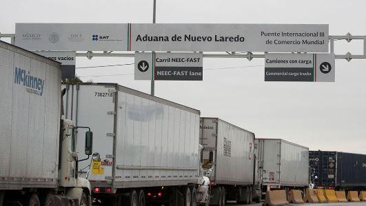 Columna Cuentas Claras …  –  N. León, Laredo y Houston por la carga