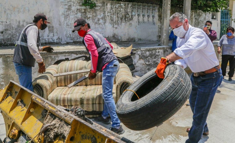 Retiran 550 toneladas de cacharros en Madero