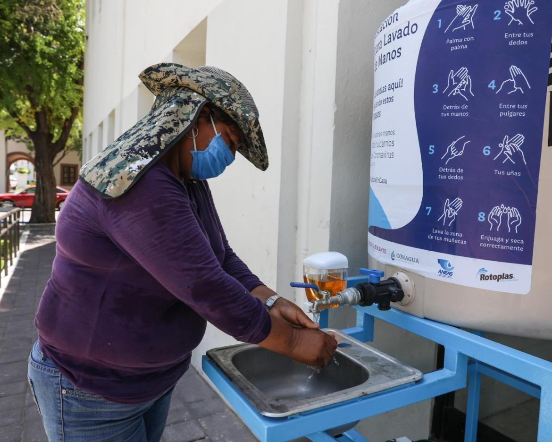 Exhorta municipio a usar lavabos públicos
