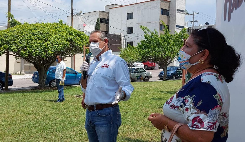"""Quien no se """"apriete el cinturón"""" que dé la cara al pueblo: Adrián Oseguera"""