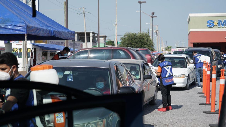 Protege desinfección gratuita de autos a las familias