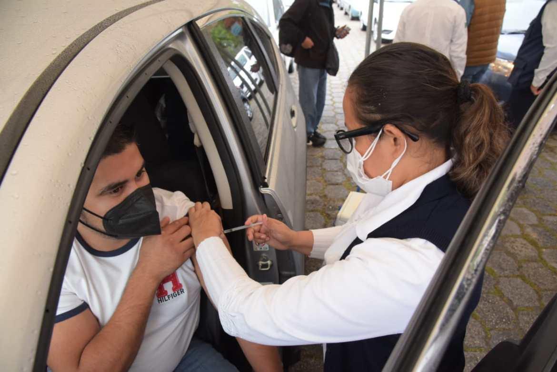 Realizan Jornada de Vacunación Drive Thru contra la Influenza
