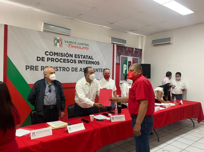 Va Chuy González por el PRI como aspirante a la presidencia de Cruillas