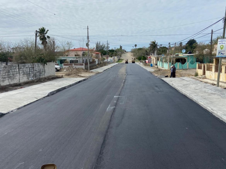 Concluye obra de pavimentación asfáltica y drenaje en Loma Alta