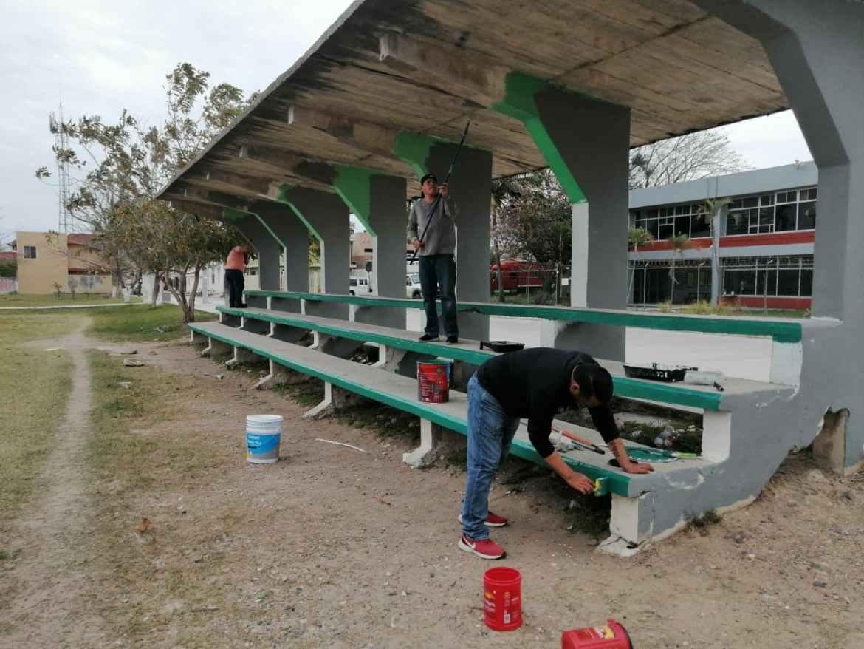 Áreas deportivas en el municipio son rehabilitadas