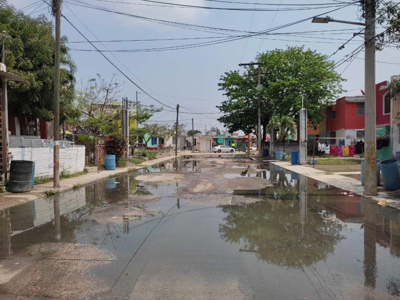 Altamira inundada por las aguas negras