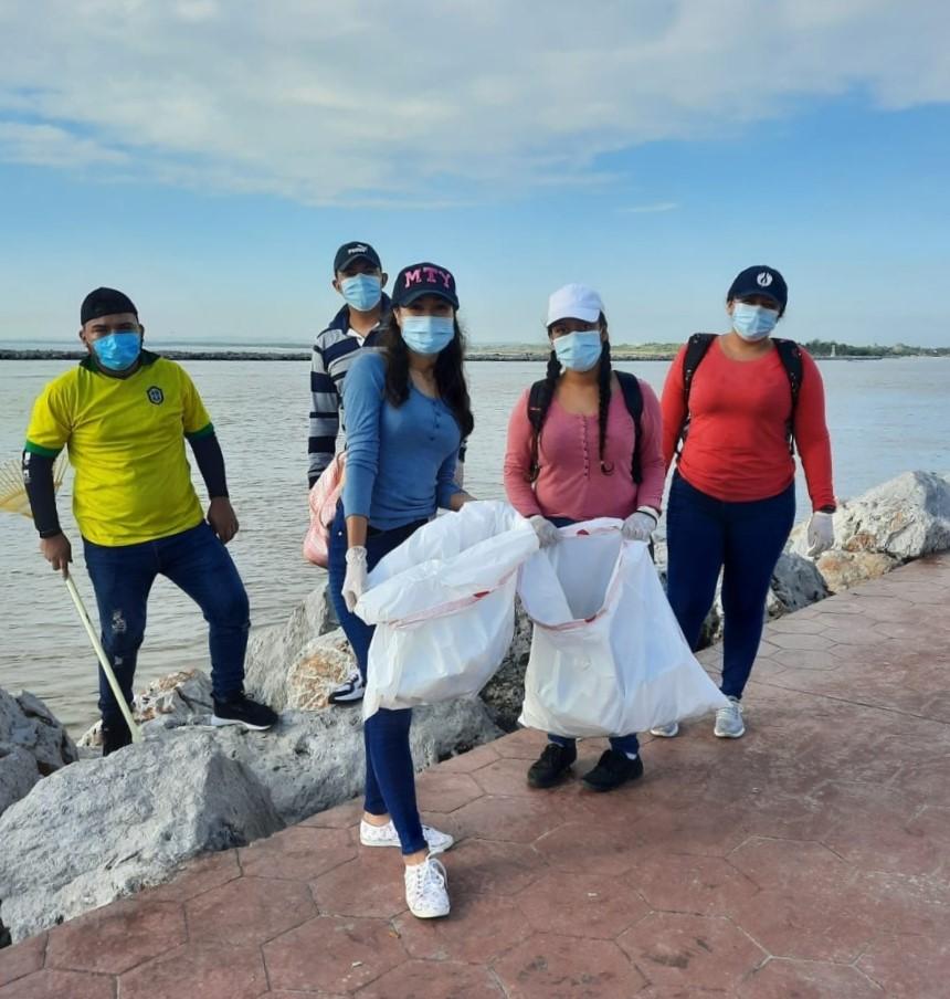 Voluntarios se suman a jornada de limpieza en Miramar
