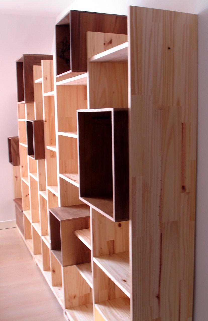creation de mobilier unique et fonctionnel en bois recycle