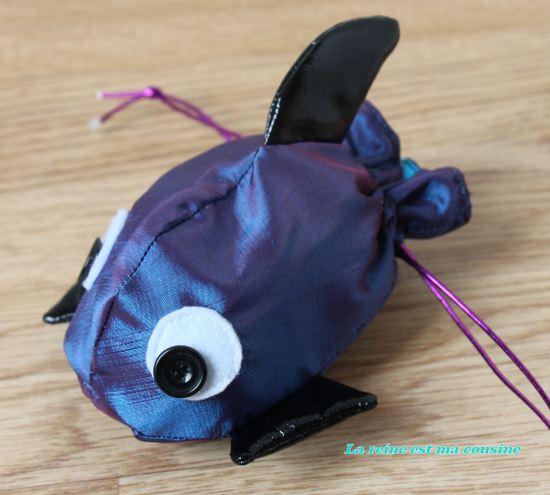pochette poisson bleu