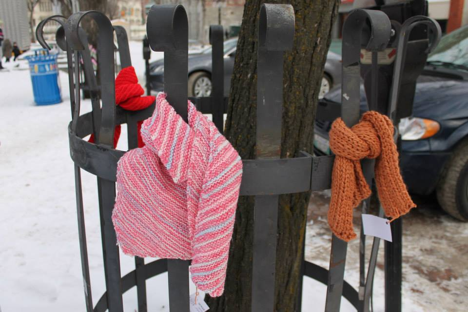 echarpes-scarves-in-the-port-city-1