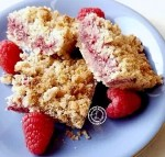 Gluten-Free Raspberry Crumb Bars with fresh raspberries