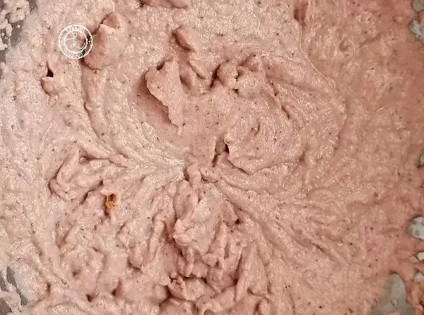 Combining strawberry mixture with dry mixture