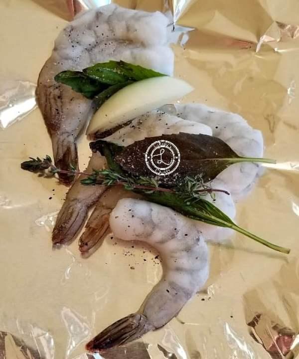 Shrimp with fresh herbs