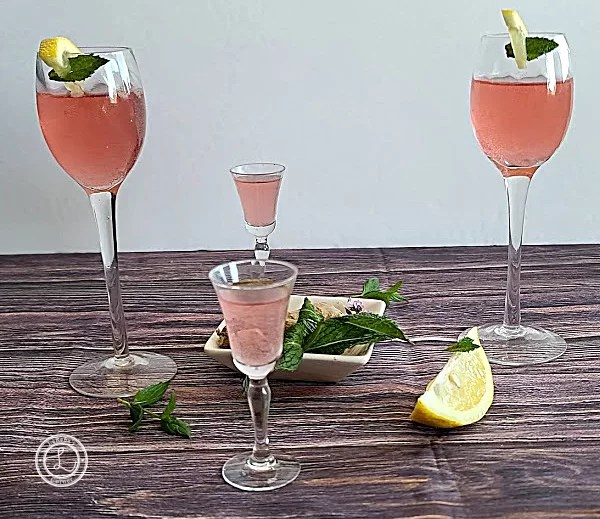4 glasses of Raspberry Infused Water