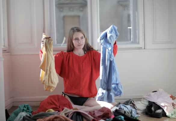 Razones no tengo nada que ponerme: mucha ropa