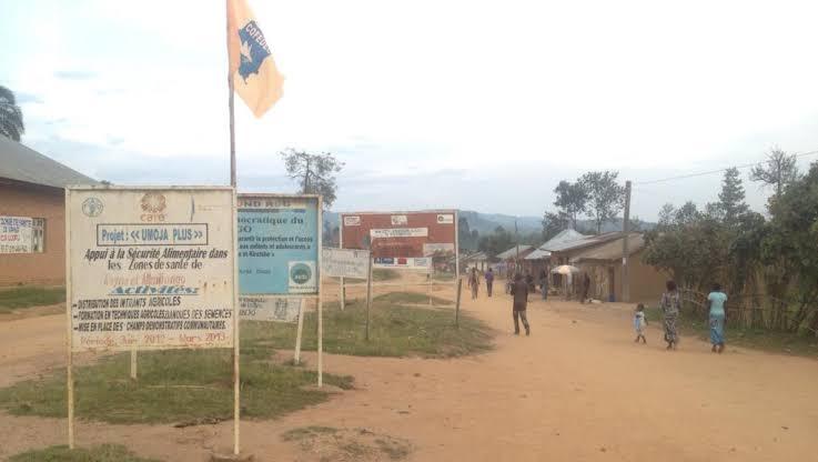 Lubero : Psychose à Luofu suite aux affrontements entre deux groupes armés à Kataro (Nord-Kivu)