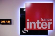 368741_dans-les-studios-de-france-inter-a-paris