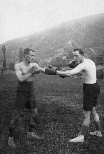 Ramon Casanova també era aficionat a la boxa.