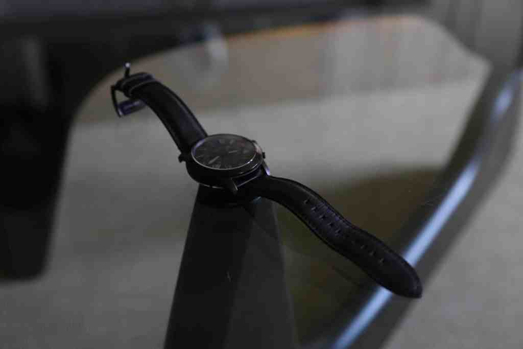 la revue tech fossil q founder q grant apple watch montre connectée test review prise en main hands on analogique activité notifications curiosité