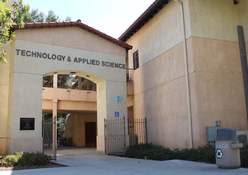 The Advance Technology and Applied Science Division offer various career certificates in technology based programs at Saddleback College. (Photograph/Anibal Santos)