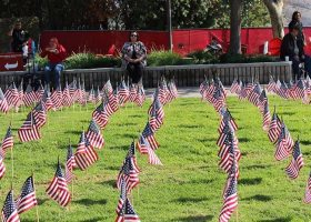 Saddleback honors Veterans Day; planting a flag for every fallen soldier (photograph/Hannah Tavares).