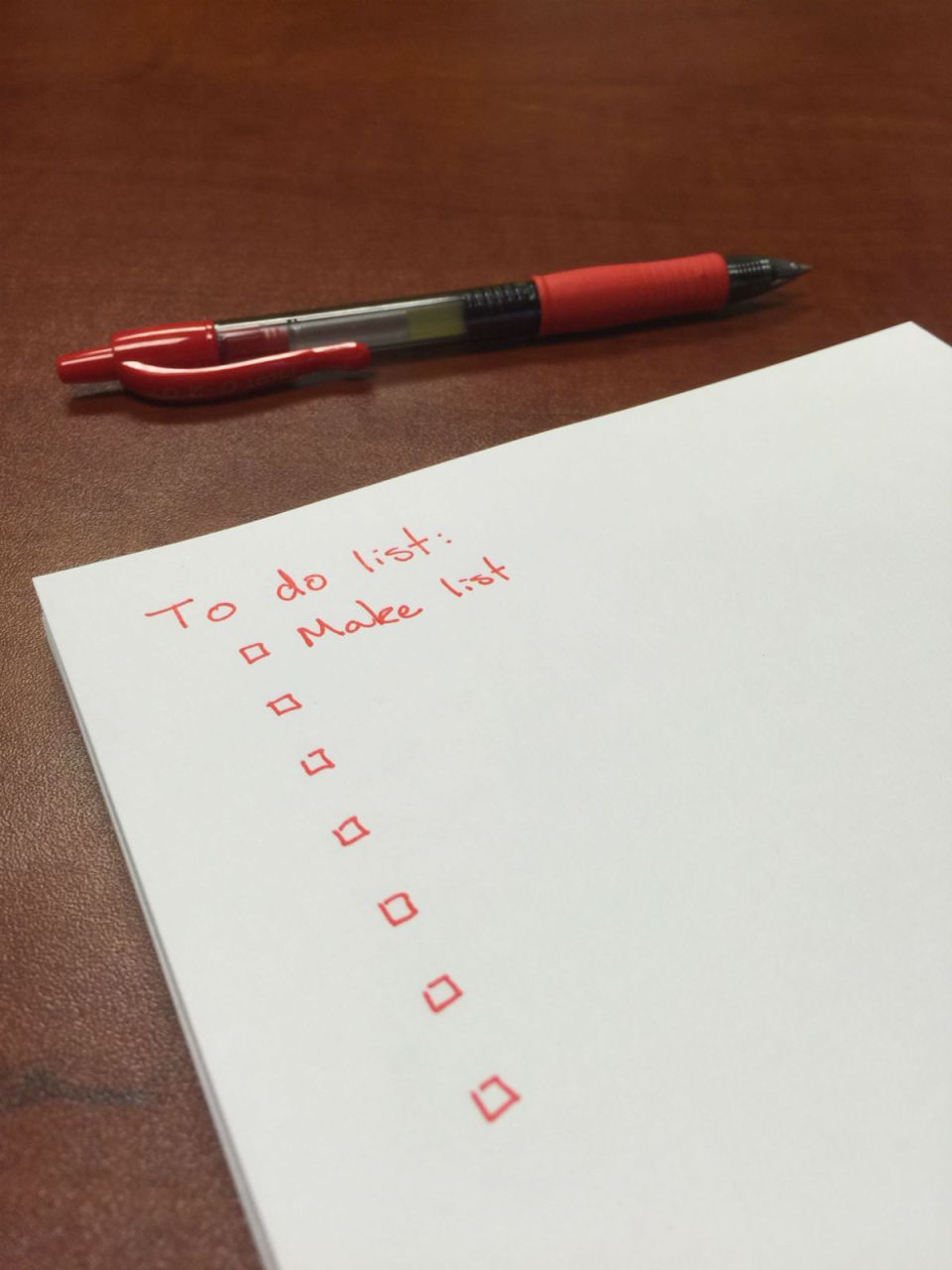 An empty to do list on a desk (Adam Diaz/wiki commons)