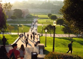 UC extends application deadline as apart of UC's efforts to help transfer students. (Ignacio Andrade/ Creative Commons)