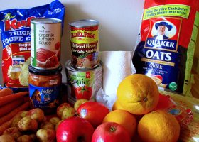 Saddleback College offers a food bank on the 1st and 3rd Wednesday of every month. (Flickr/VancouverBC FoodBank. Used with a CC BY 2.0 license)